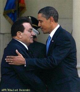 Egyptian President Hosni Mubarak greets his US counterpart Barack Obama at the presidential palace in Cairo.